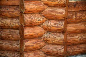 Оцилиндрованное бревно — лучший материал для строительства загородного дома